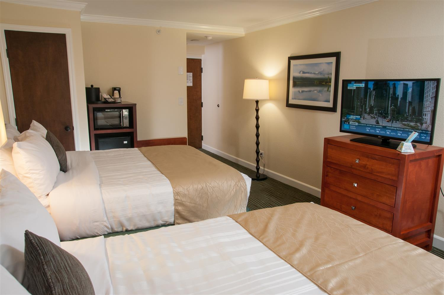 Room - Best Western Plus Eagle Lodge