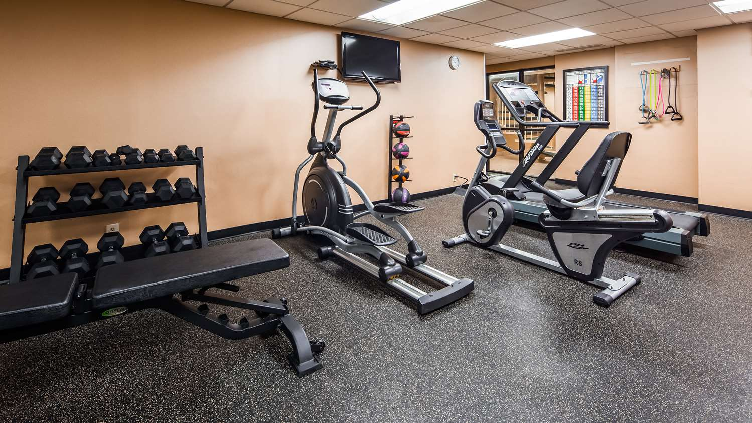 Fitness/ Exercise Room - Best Western Executive Hotel West Haven