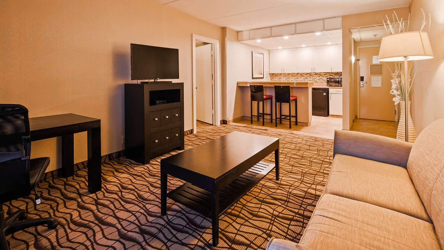 Suite - Best Western Executive Hotel West Haven