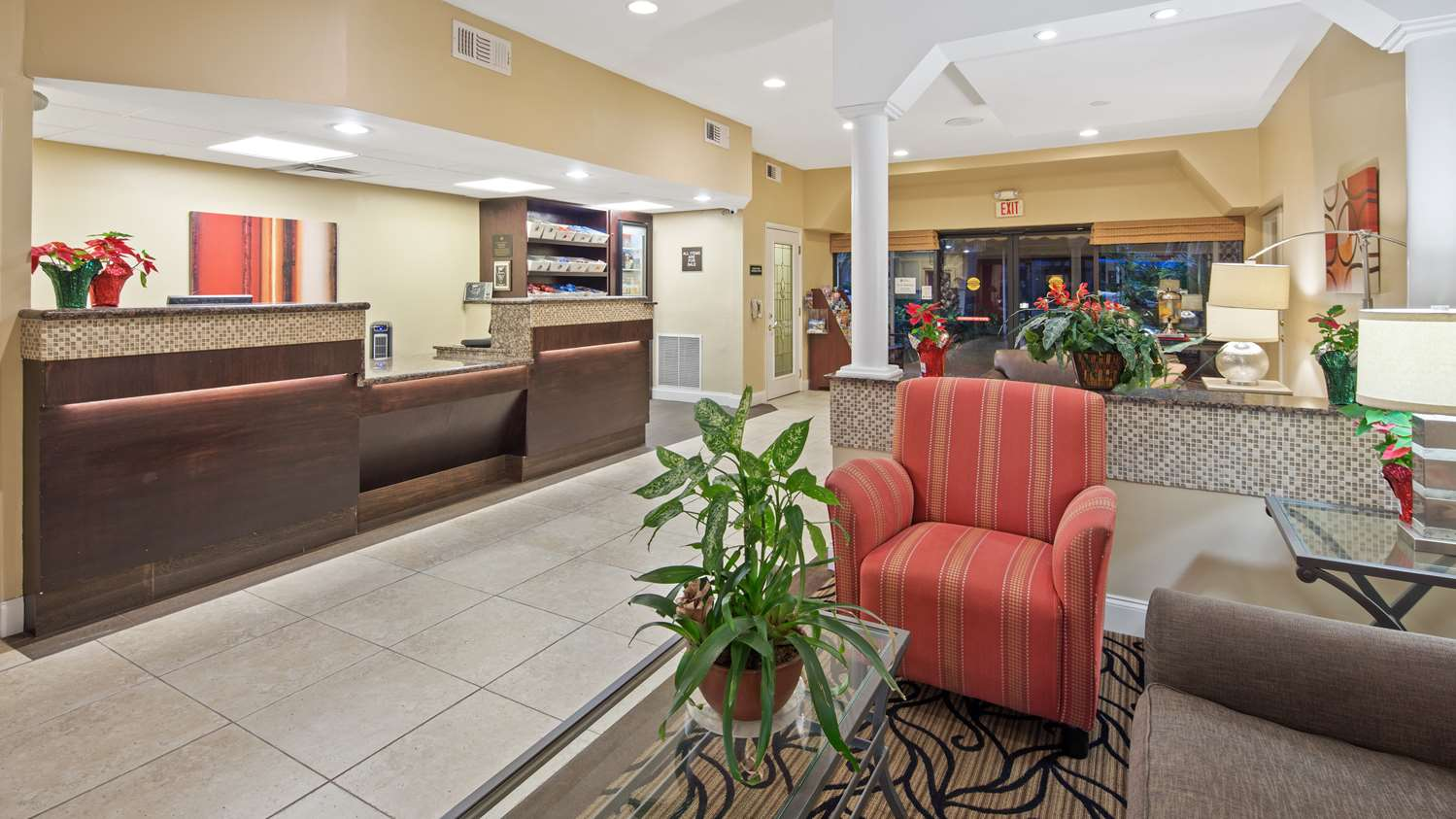Lobby - Best Western Plus University Inn Boca Raton