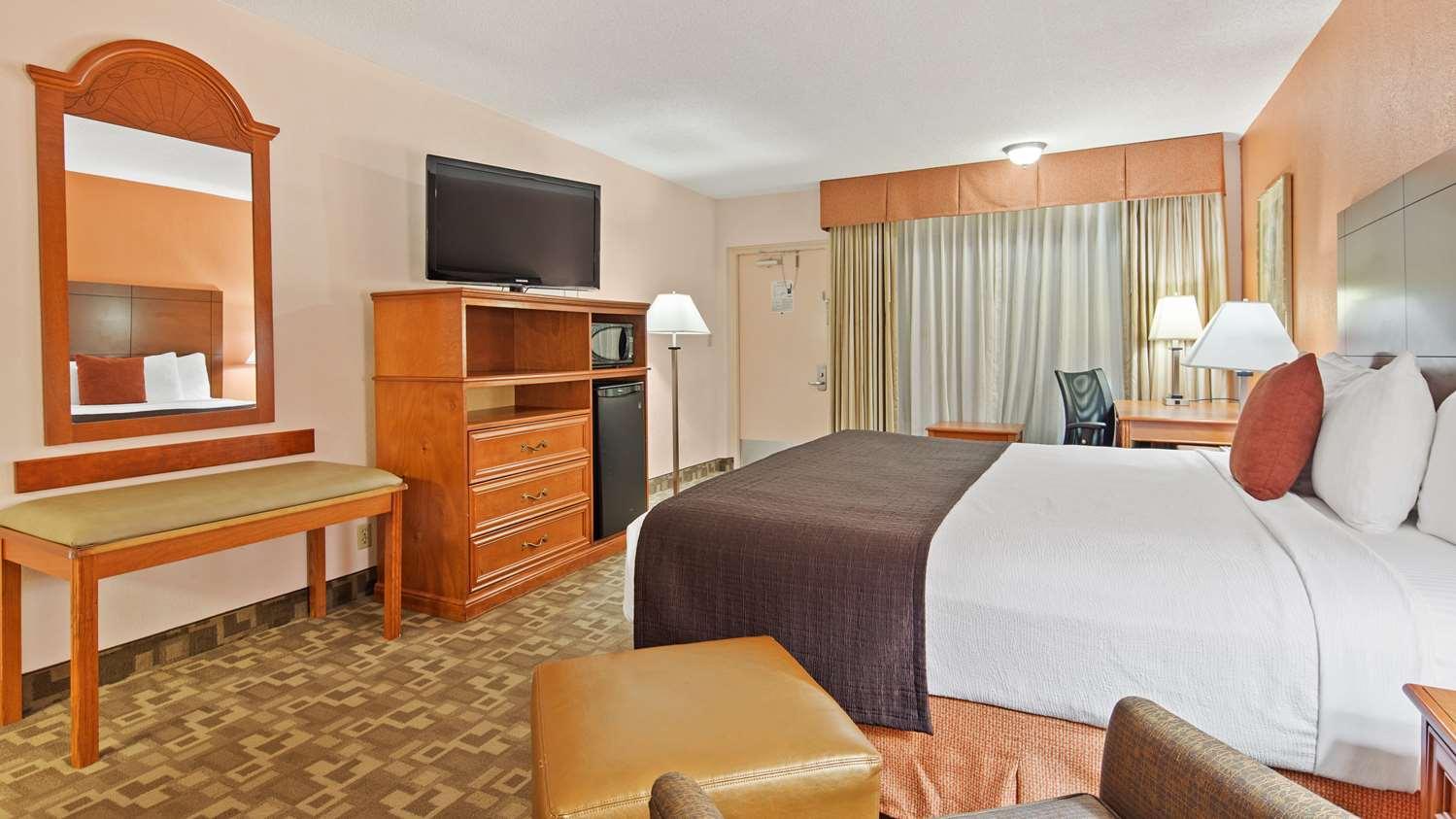 Room - Best Western Plus University Inn Boca Raton