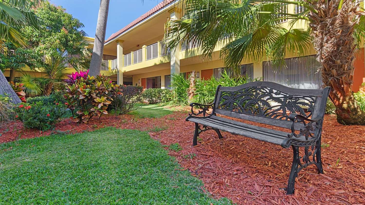 proam - Best Western Plus University Inn Boca Raton