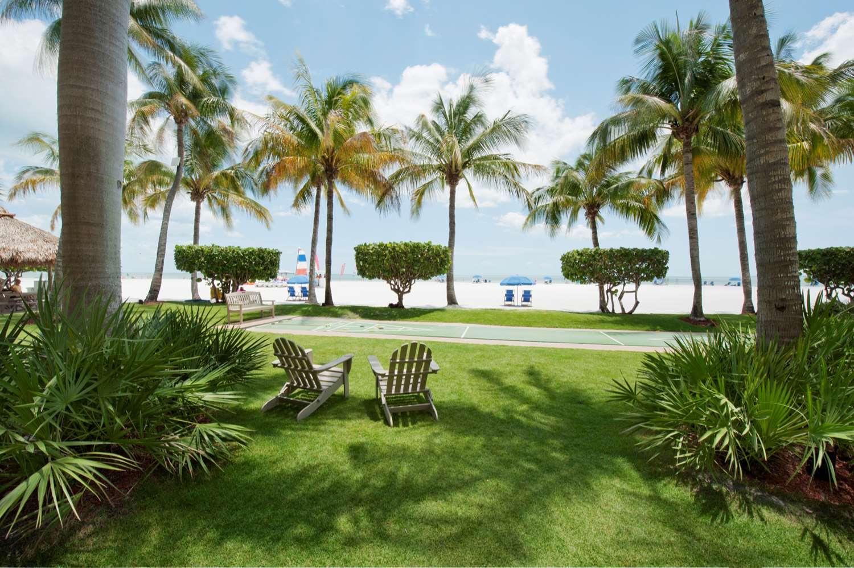 Beach - Best Western Plus Beach Resort Fort Myers Beach