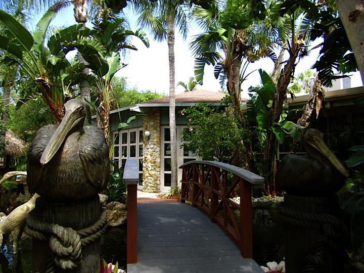 Exterior view - Best Western Inn & Suites Naples