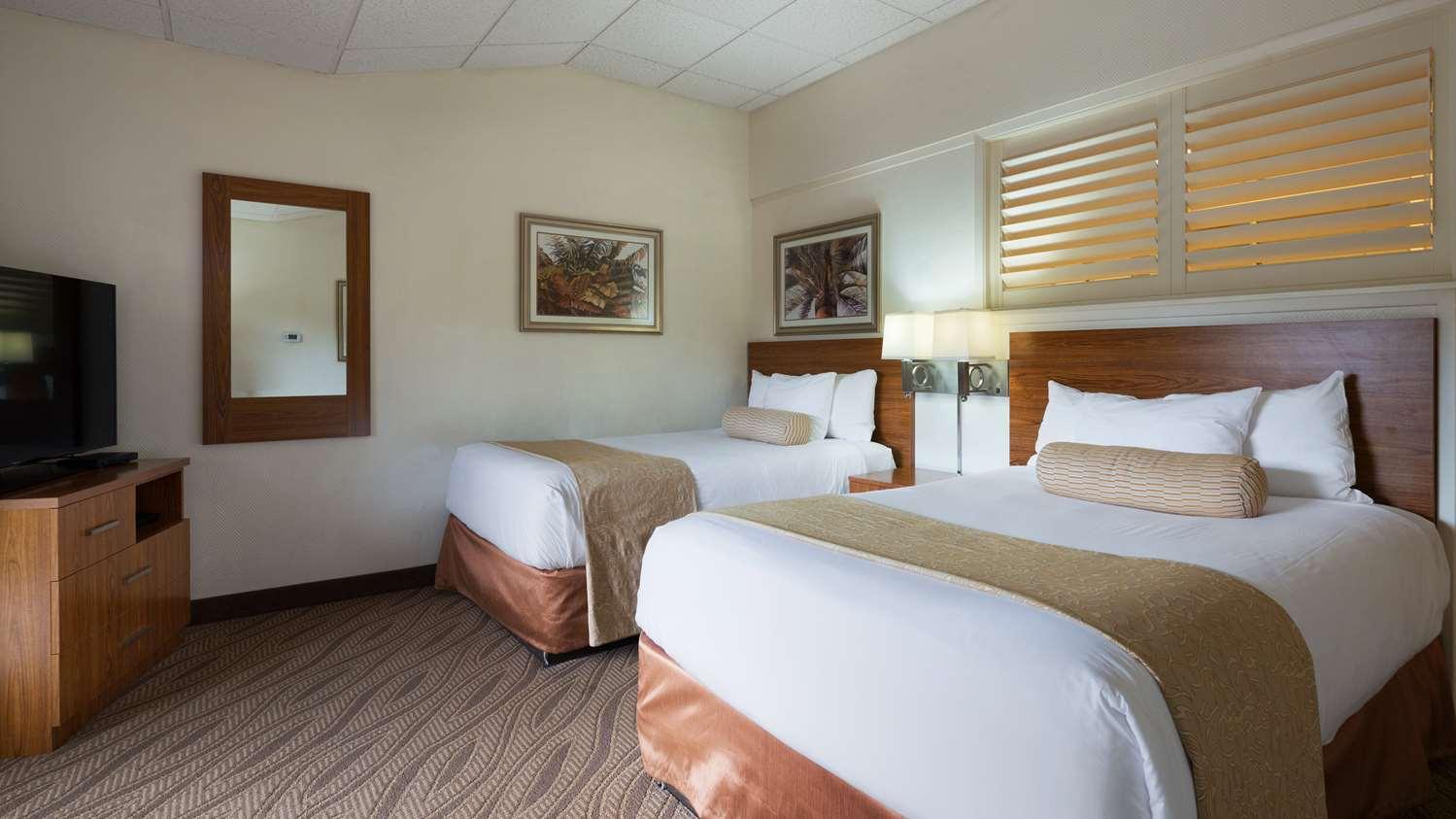Room - Best Western Inn & Suites Naples