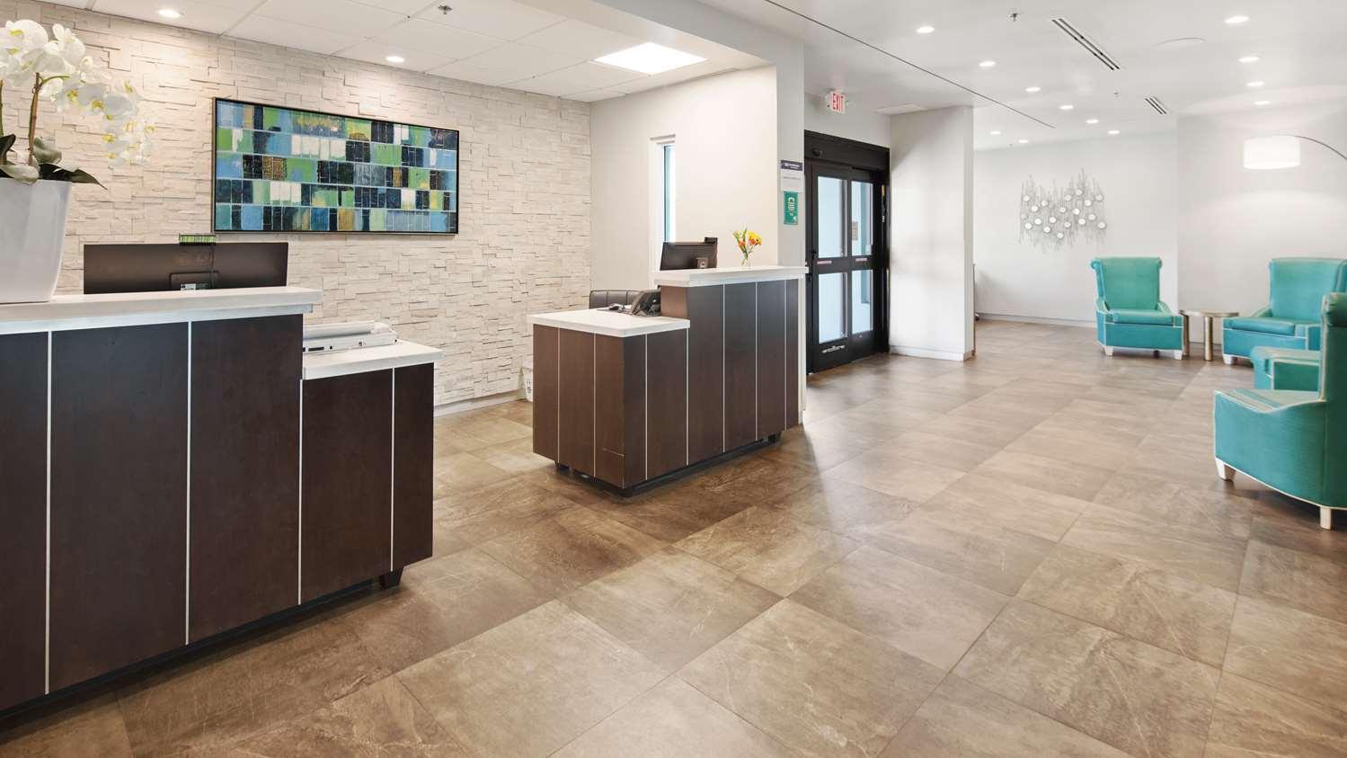 Lobby - Best Western Plus Oceanside Inn Fort Lauderdale