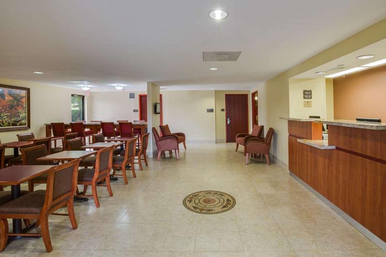 Lobby - Best Western Plus Fort Lauderdale Airport Hotel