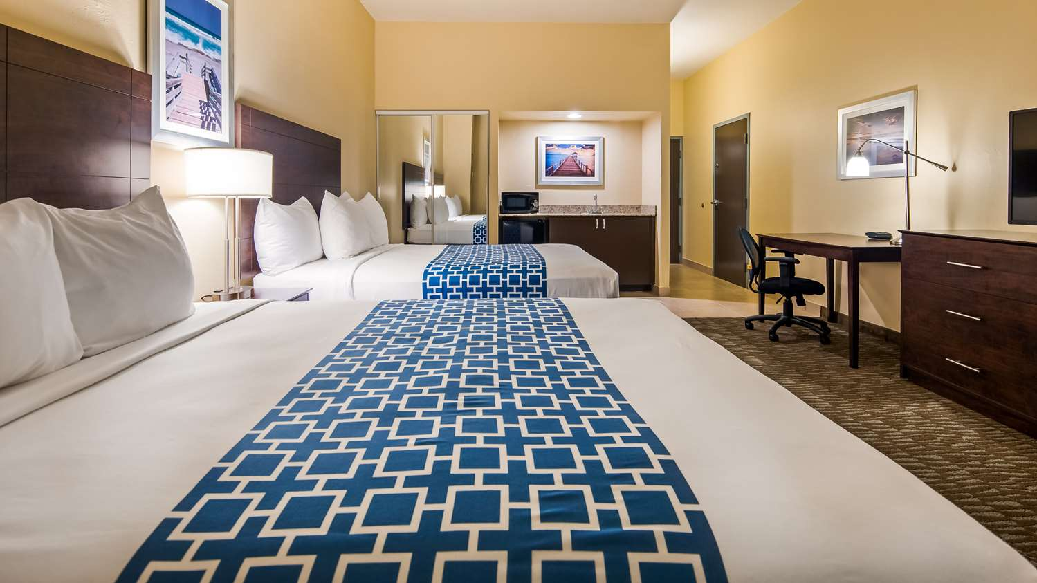 Room - Best Western Naples Plaza Hotel