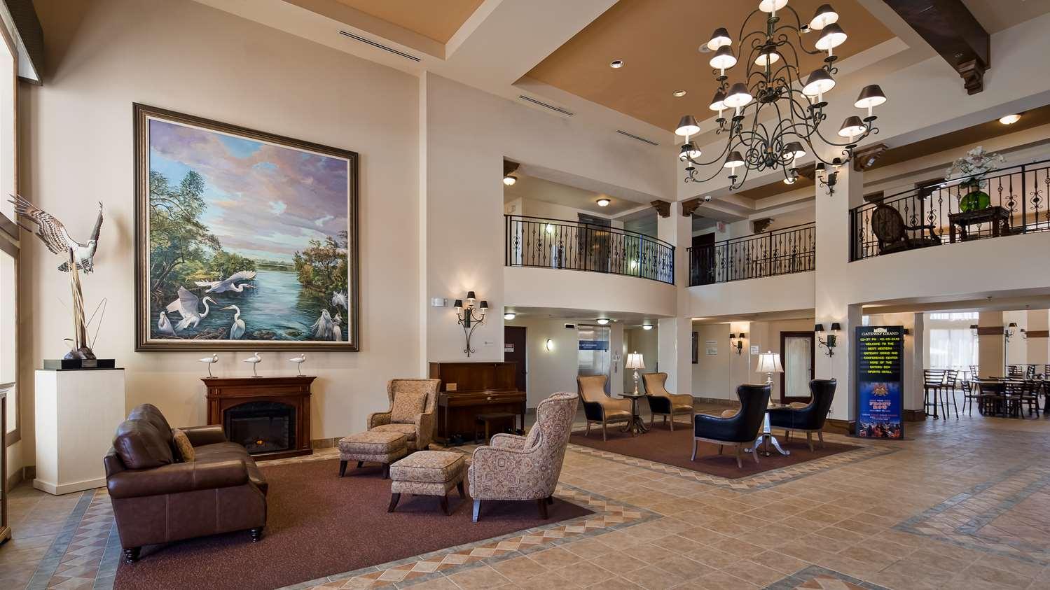 Lobby - Best Western Gateway Grand Hotel Gainesville