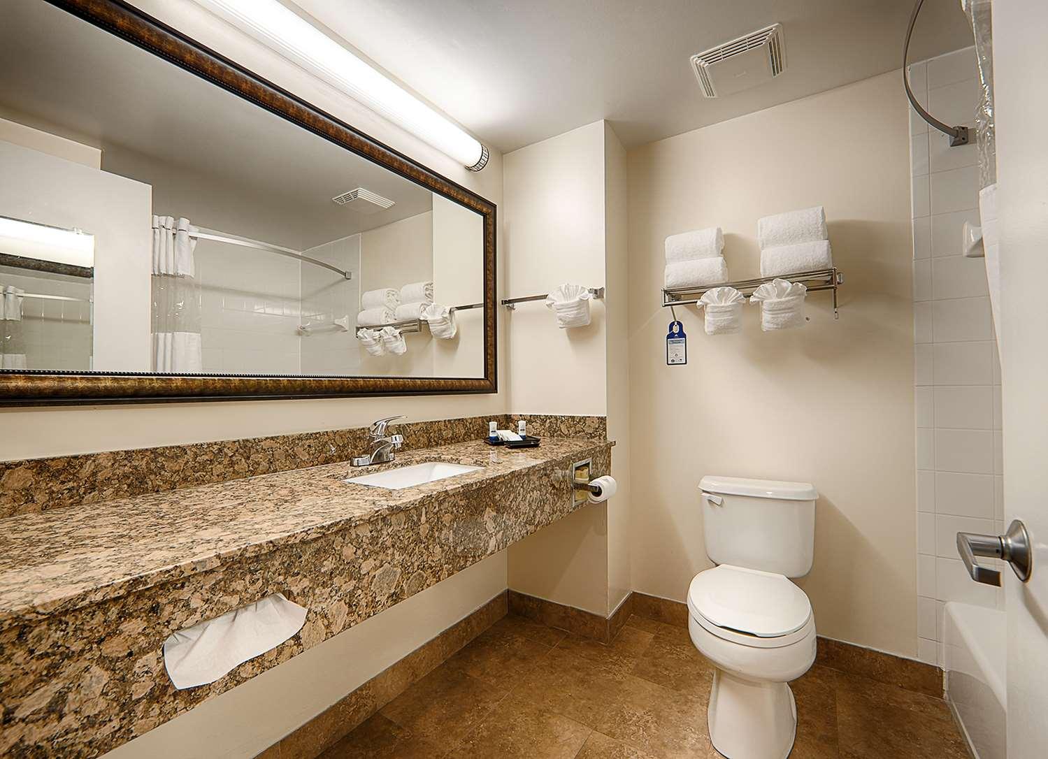 Room - Best Western Plus Universal Inn Orlando