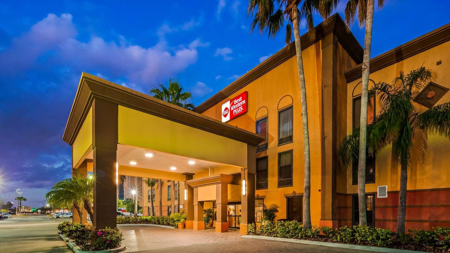 Exterior view - Best Western Plus Universal Inn Orlando