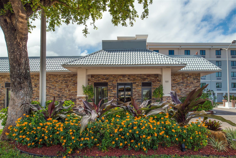Exterior view - Best Western Plus Hotel Hallandale Beach