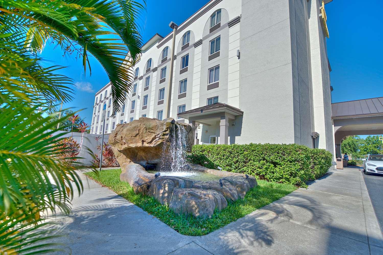 proam - Best Western Orlando Airport Inn & Suites