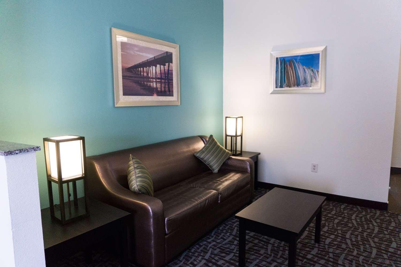 Suite - Best Western Mayport Inn & Suites Atlantic Beach