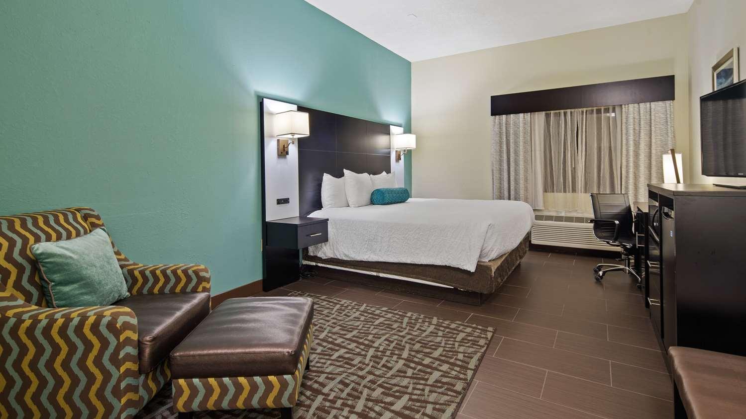Room - Best Western Mayport Inn & Suites Atlantic Beach