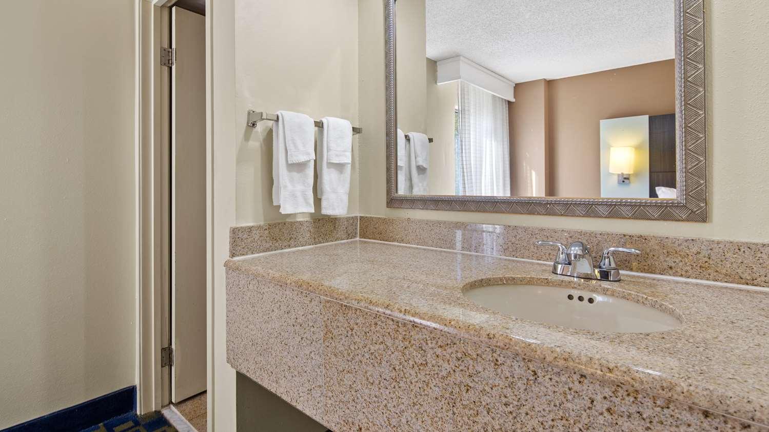 Room - Best Western Southside Inn & Suites Orange Park
