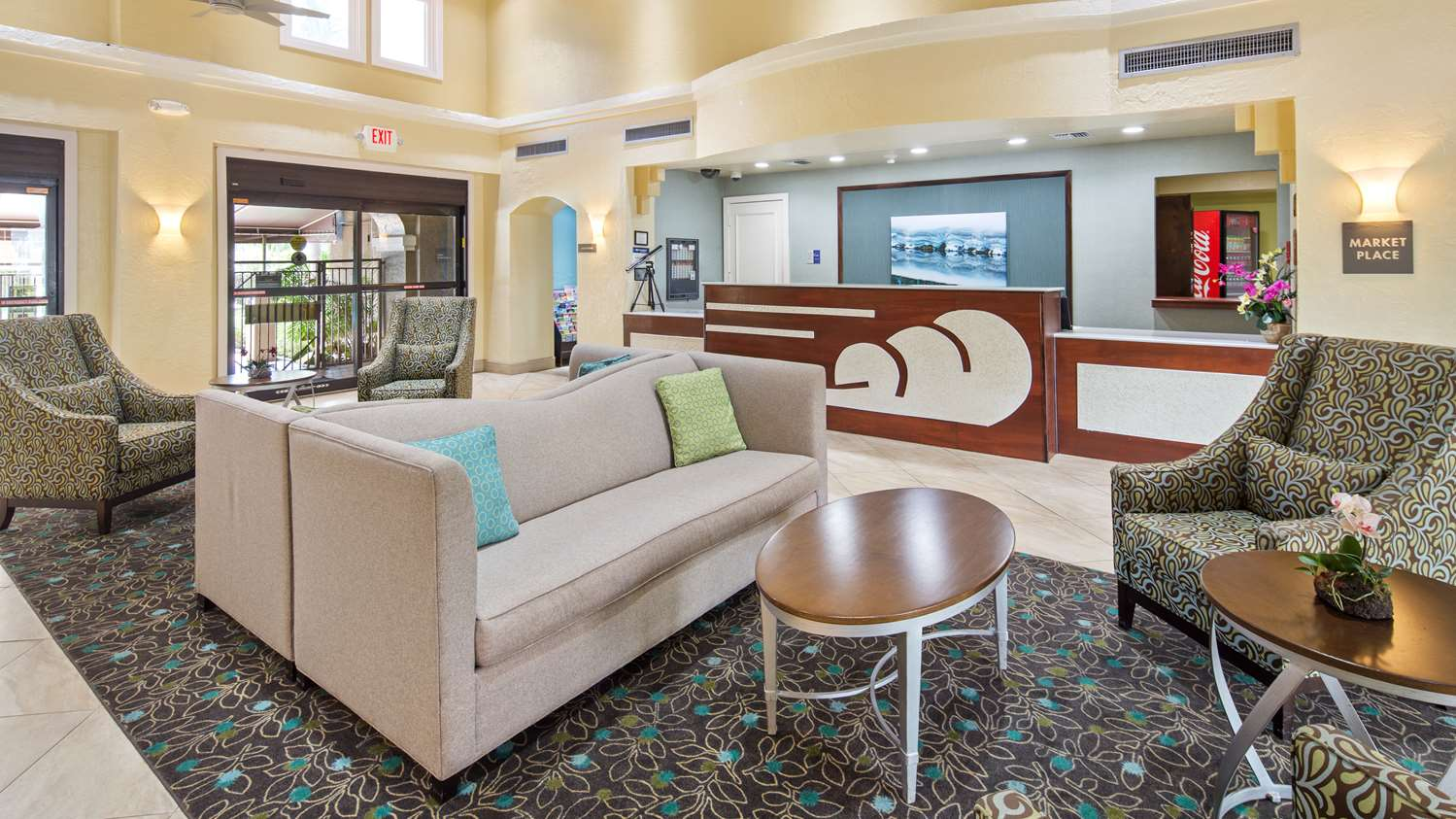 Lobby - Best Western Plus Hotel & Suites Deerfield Beach