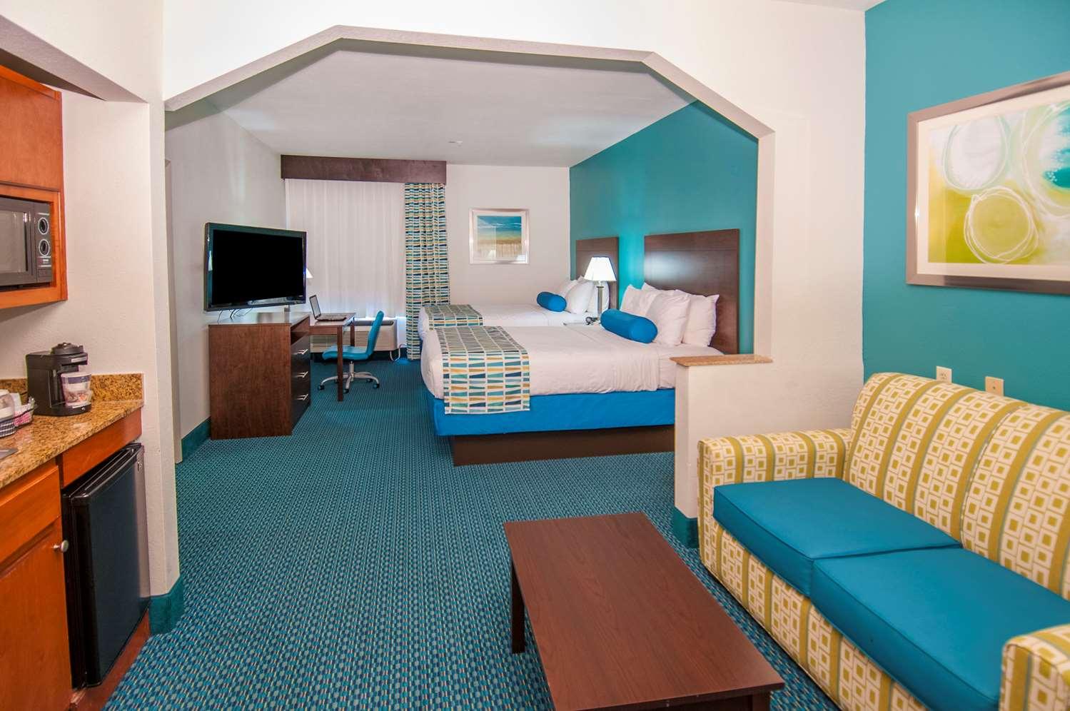 Suite - Best Western Plus Blue Angel Inn Pensacola