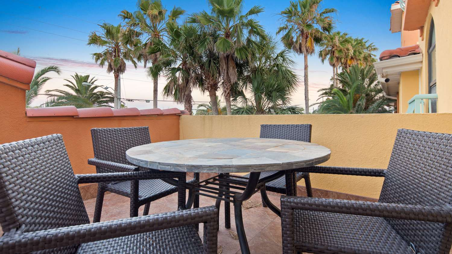 Amenities - Best Western St Augustine Beach Inn