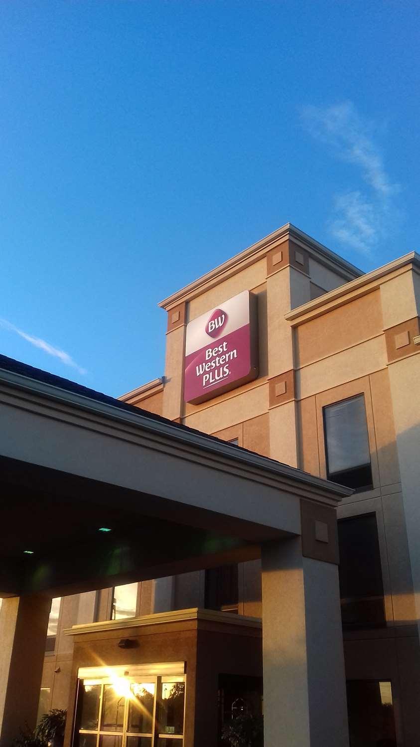 Exterior view - Best Western Plus Madison Inn