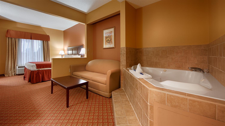 Suite - Best Western Plus Madison Inn