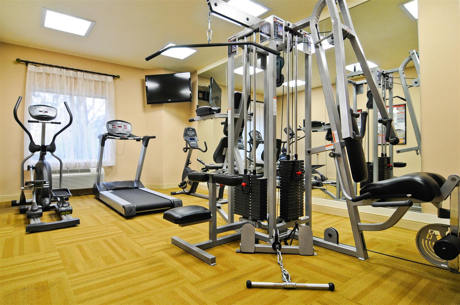 Fitness/ Exercise Room - Best Western Orlando Convention Center Hotel