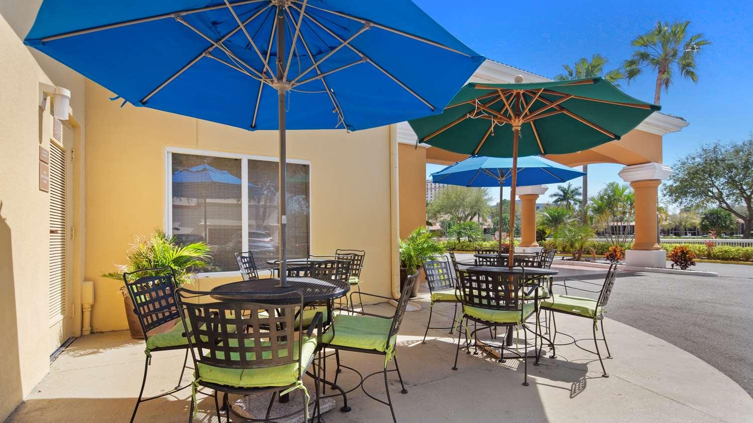 Exterior view - Best Western Orlando Convention Center Hotel