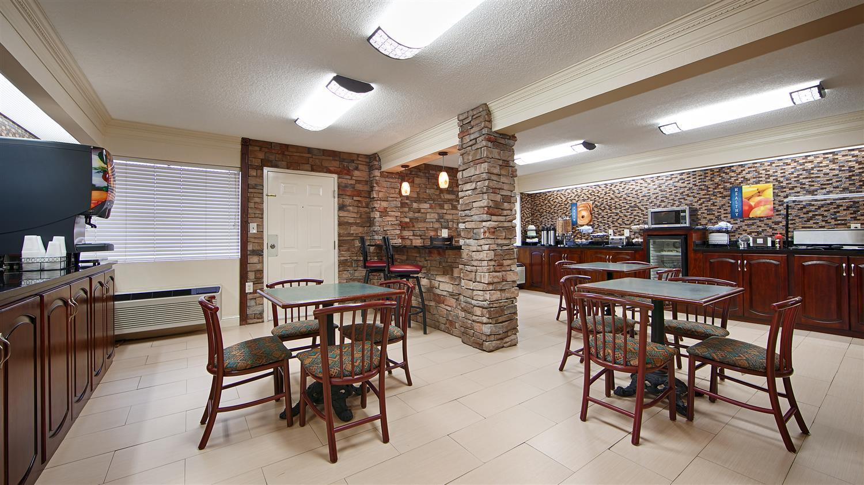 Restaurant - Best Western Macon Inn & Suites