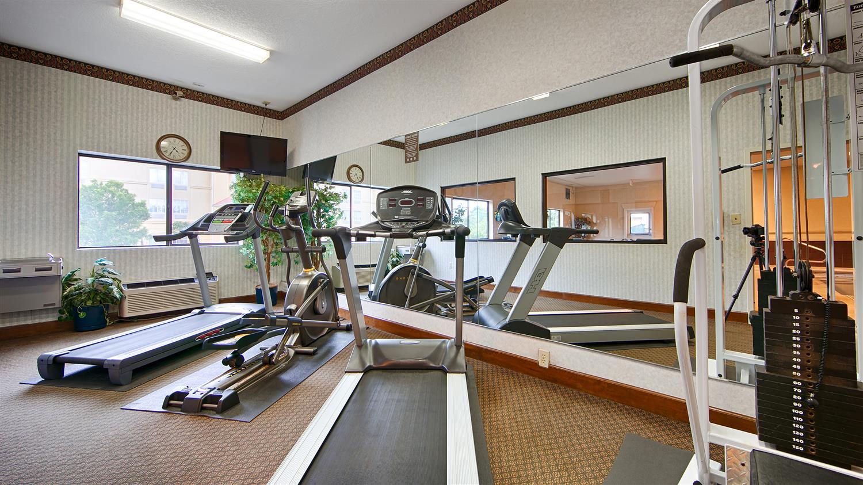 Fitness/ Exercise Room - Best Western Macon Inn & Suites