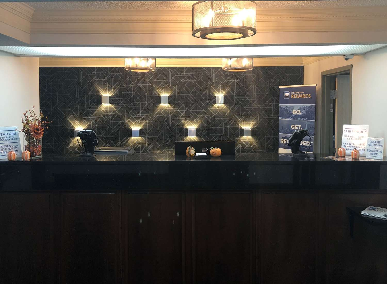 Lobby - Best Western Macon Inn & Suites