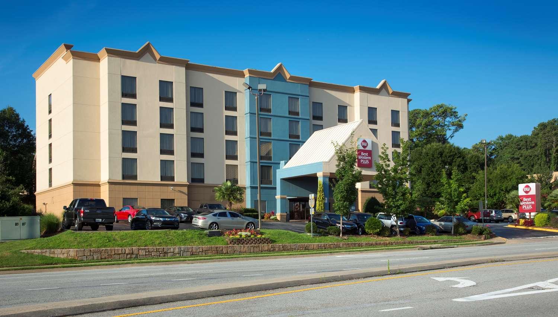 Exterior View Best Western Plus Hotel Suites College Park