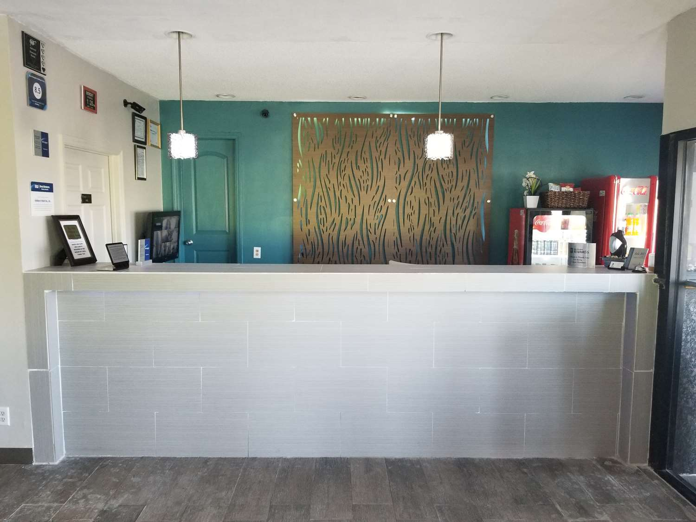 Lobby - Best Western Ashburn Inn