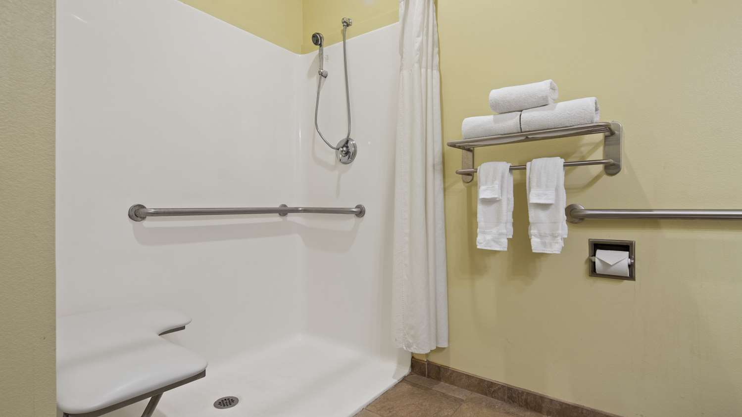 Amenities - Best Western Plus Brunswick Inn & Suites