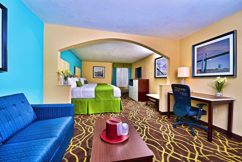 Room - Best Western Plus Savannah Airport Inn & Suites Pooler