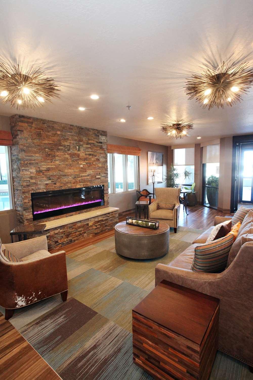 Lobby - Best Western Plus Cottontree Inn Idaho Falls