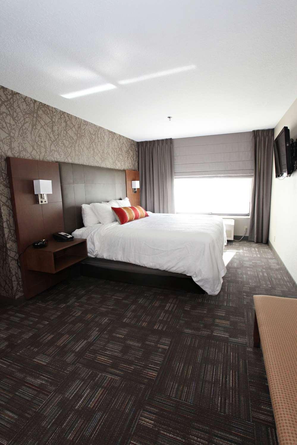 Suite - Best Western Plus Cottontree Inn Idaho Falls