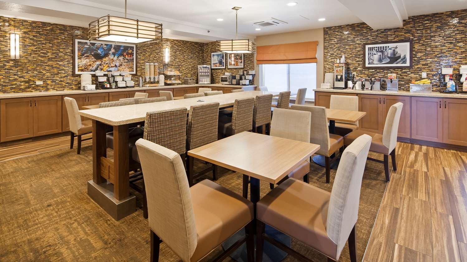 Restaurant - Best Western Plus Cottontree Inn Idaho Falls