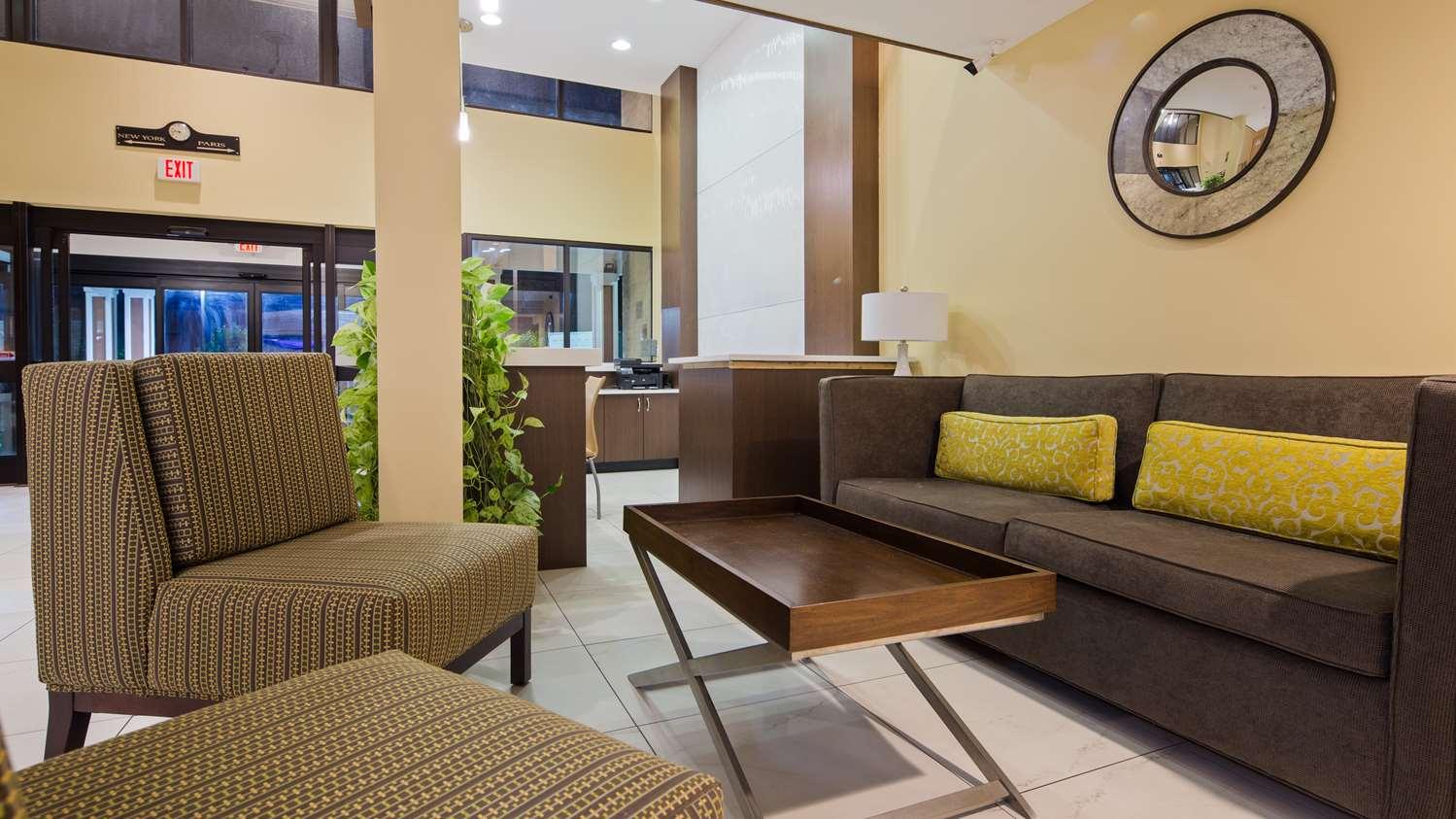 Lobby - Best Western Plus Oakbrook Inn Westmont