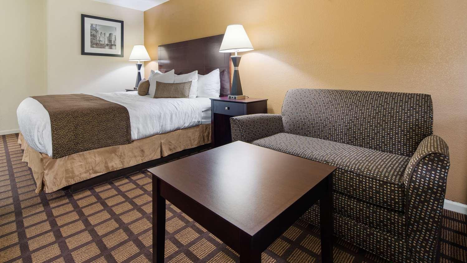 Room - Best Western Plus Oakbrook Inn Westmont