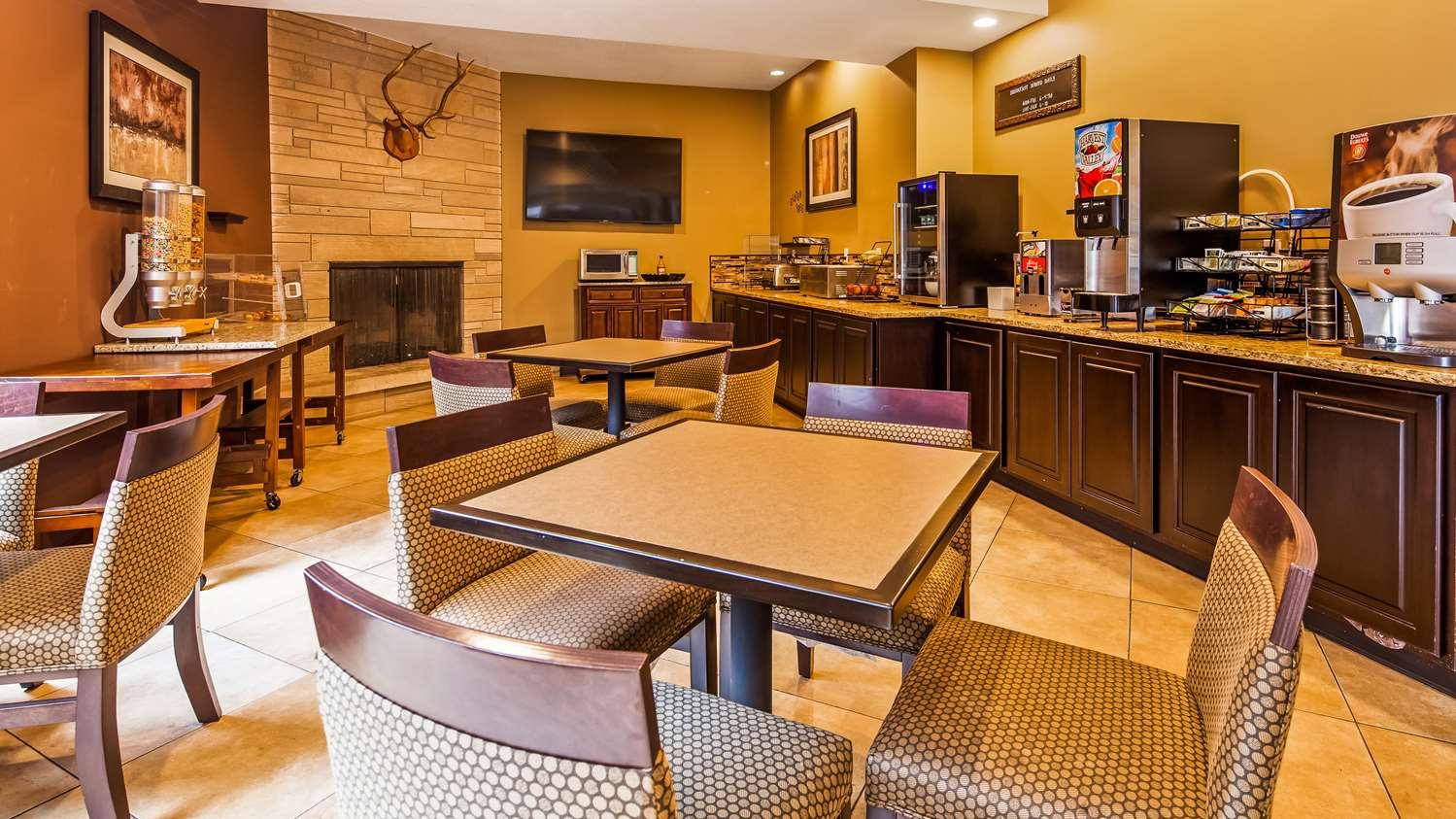 Restaurant - Best Western Paradise Inn Savoy