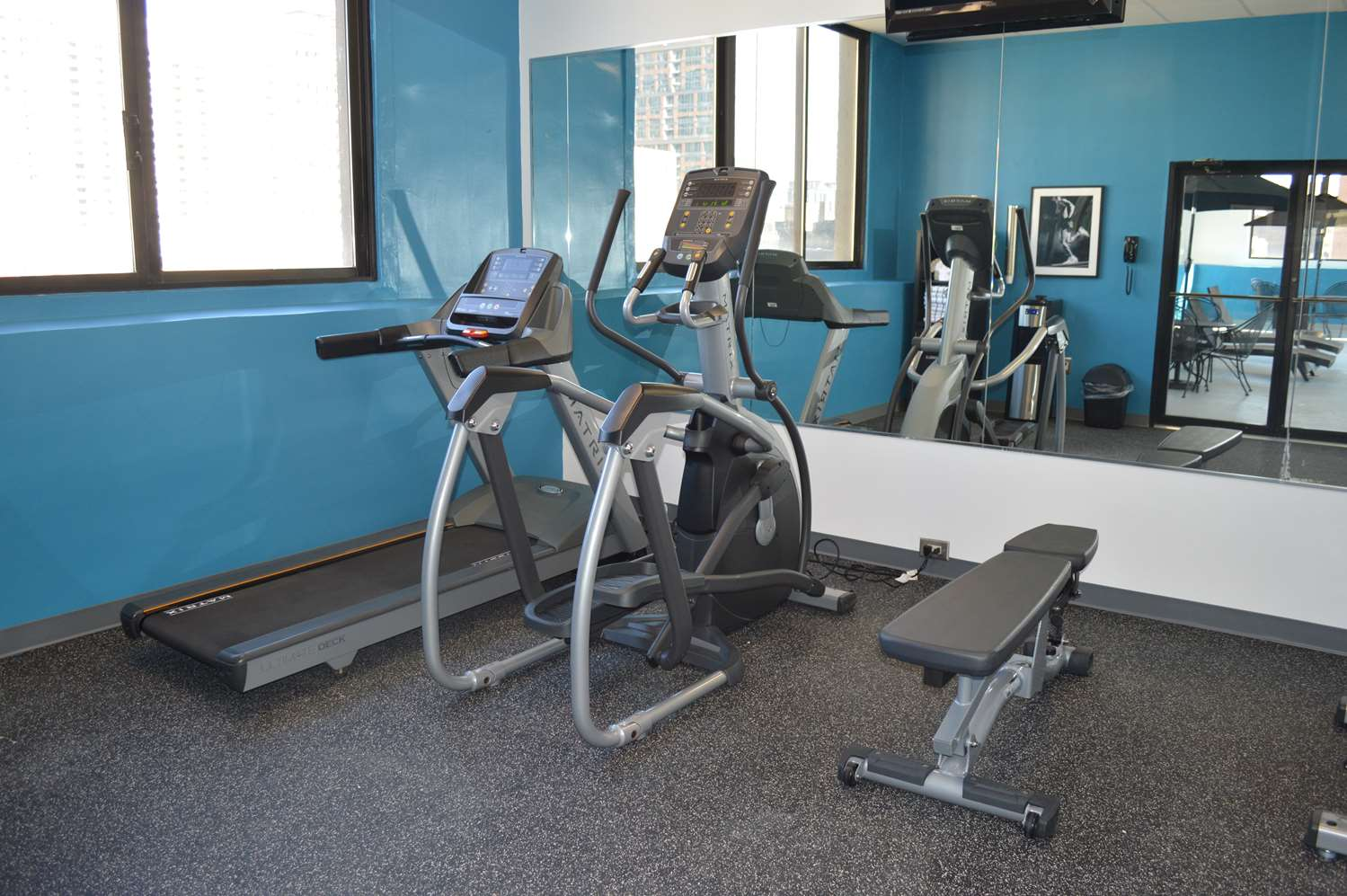 Fitness/ Exercise Room - Best Western River North Hotel Chicago