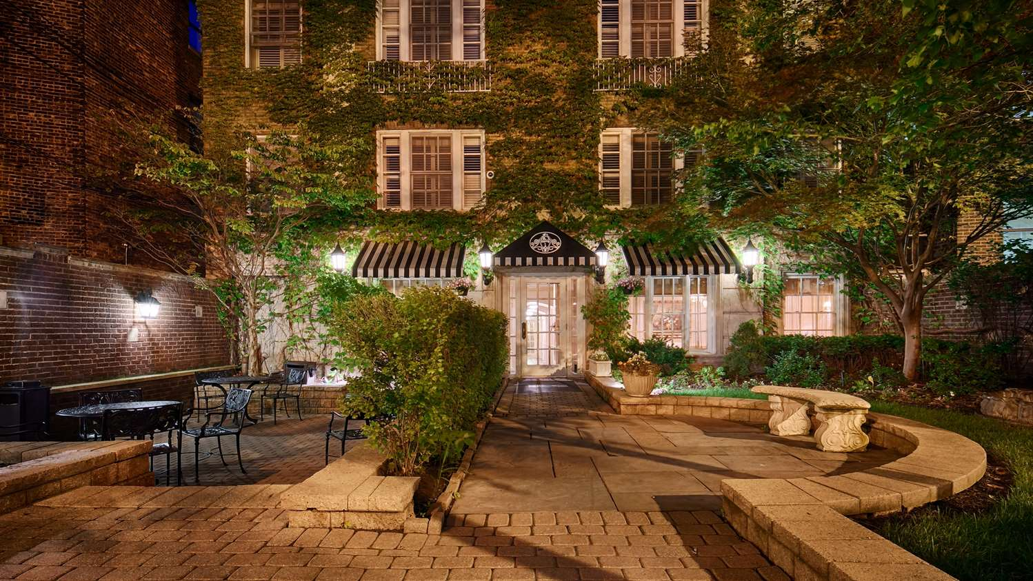 Best Western Plus Hawthorne Terrace Hotel Chicago, IL - See Discounts