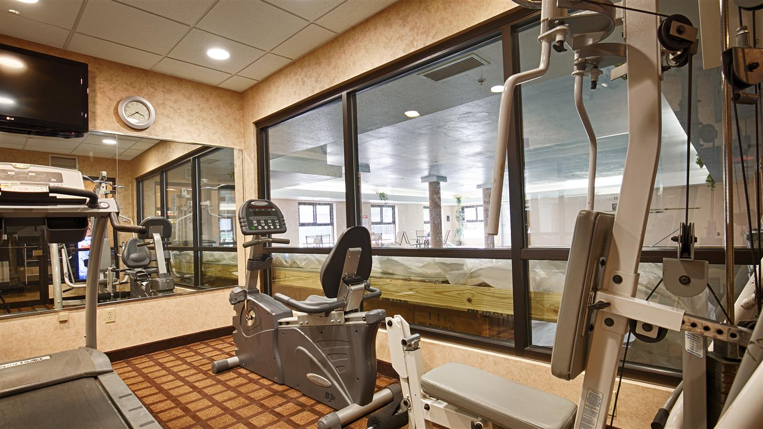 Fitness/ Exercise Room - Best Western Inn & Suites Midway Airport Burbank