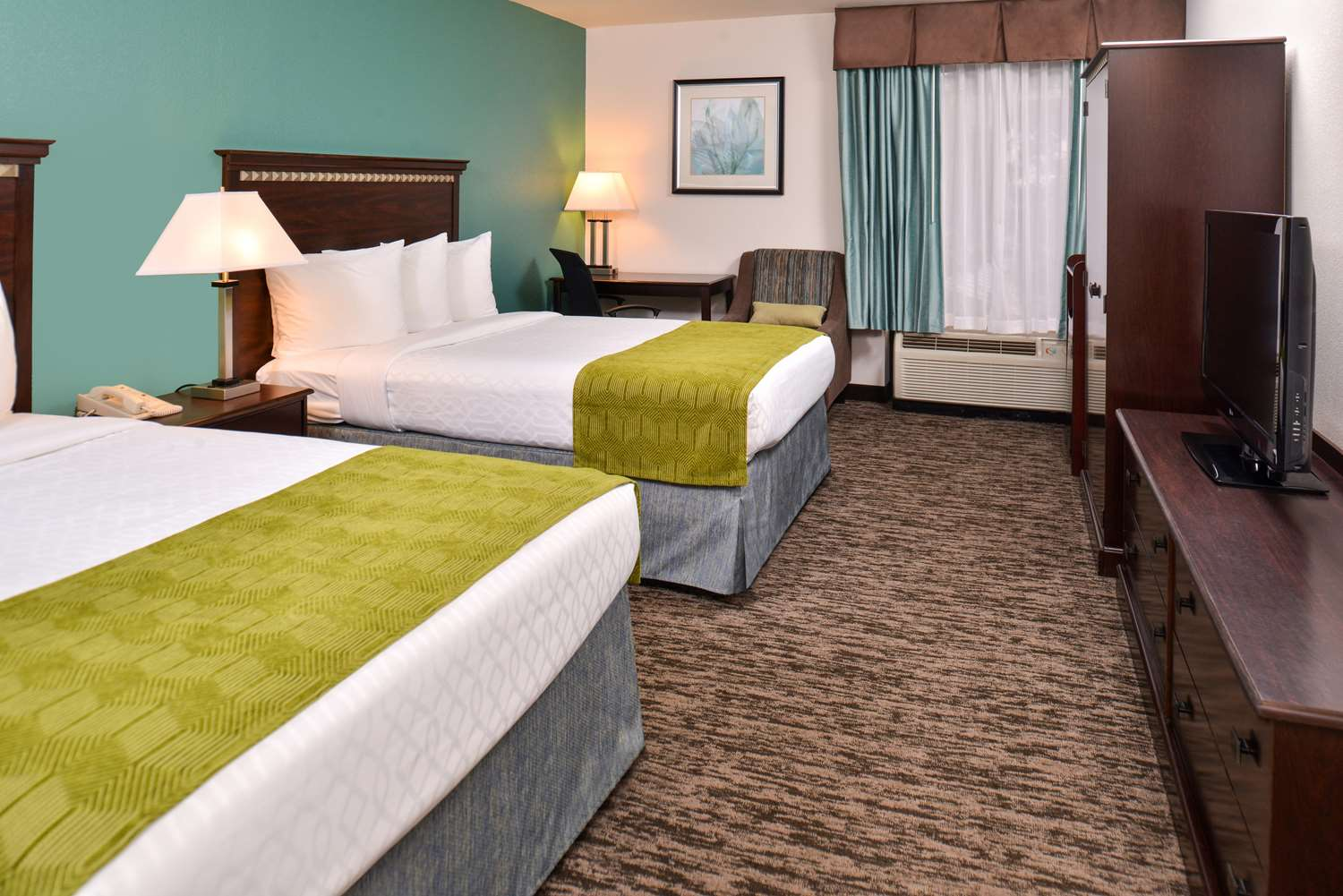 Amenities - Best Western Plus Chicagoland Countryside Hotel