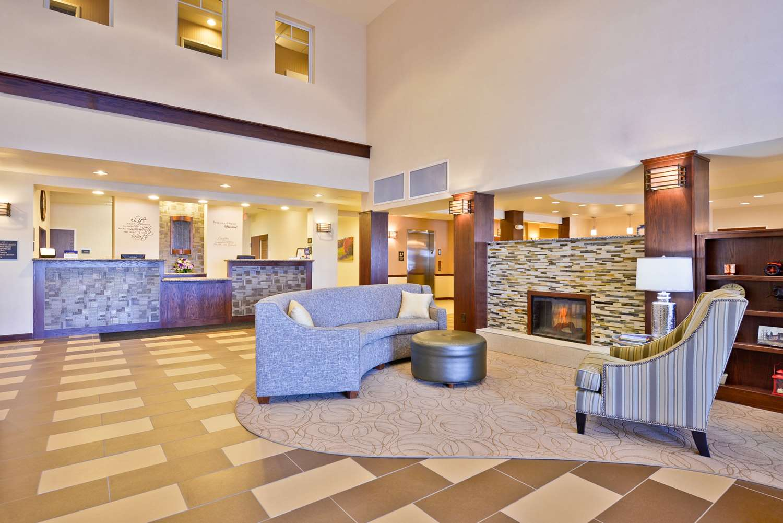 Lobby - Best Western Plus Green Mill Village Inn Arcola