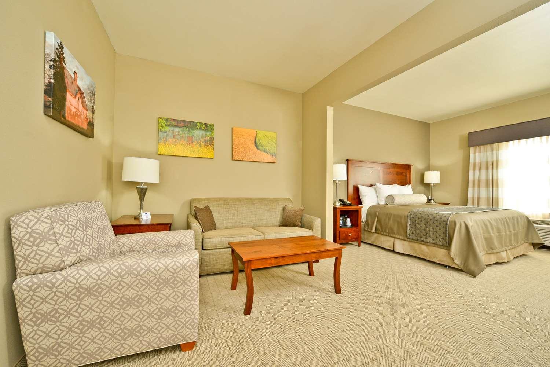 Suite - Best Western Plus Green Mill Village Inn Arcola