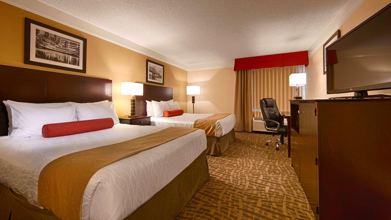 Room - Best Western Plus Hotel East Peoria