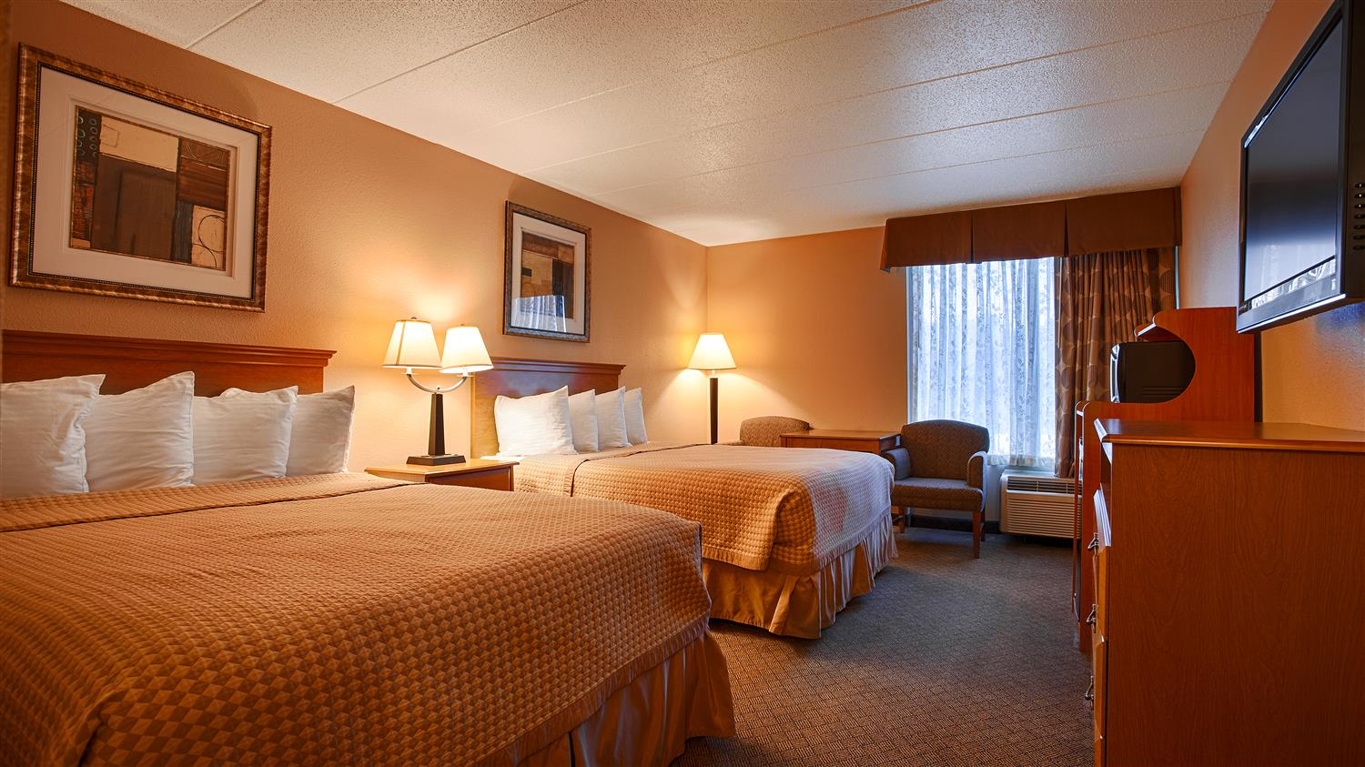 Room - Best Western Crossroads Inn Council Bluffs