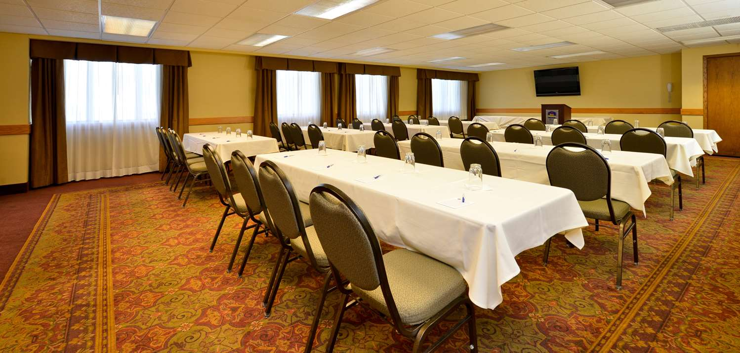 Meeting Facilities - Best Western Plus Dubuque Hotel & Conference Center