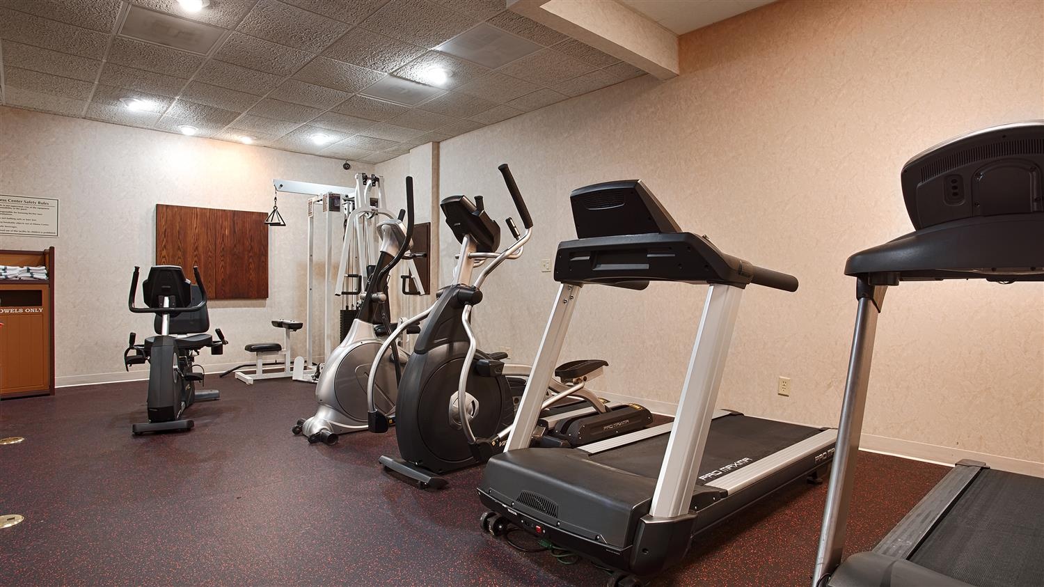 Fitness/ Exercise Room - Best Western Regency Inn Marshalltown